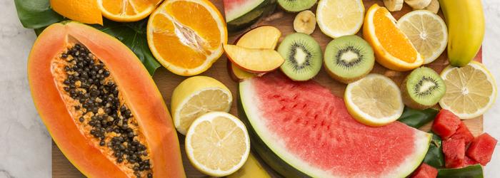 Cinco frutas que cuidarán de tu sonrisa en verano
