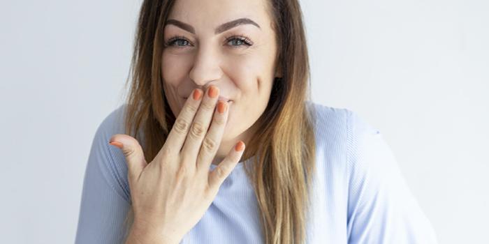 ¿Por qué se ponen nuestros dientes Amarillos?