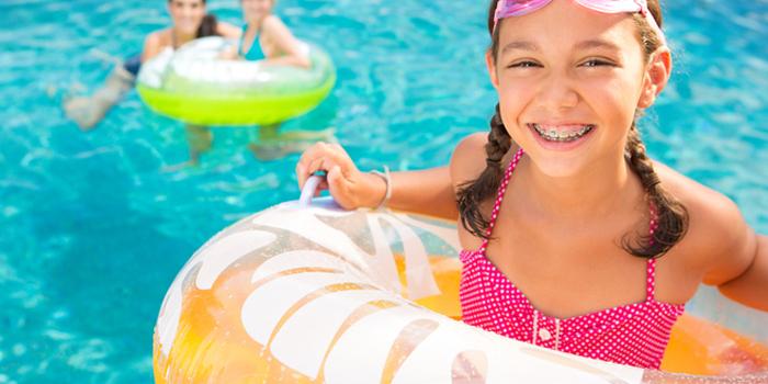 ¿Cómo cuidar la Ortodoncia en verano?